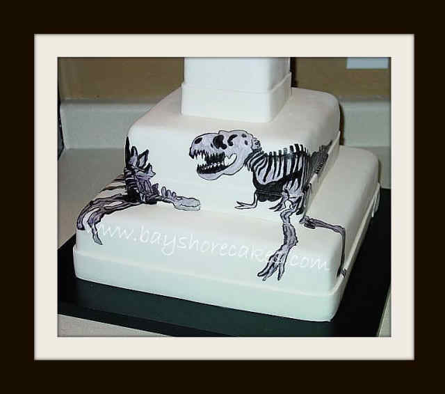 Dinosaur Cake Idea #6: Dinosaur Wedding Cake