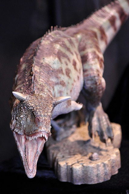 Carnotaurus Neck